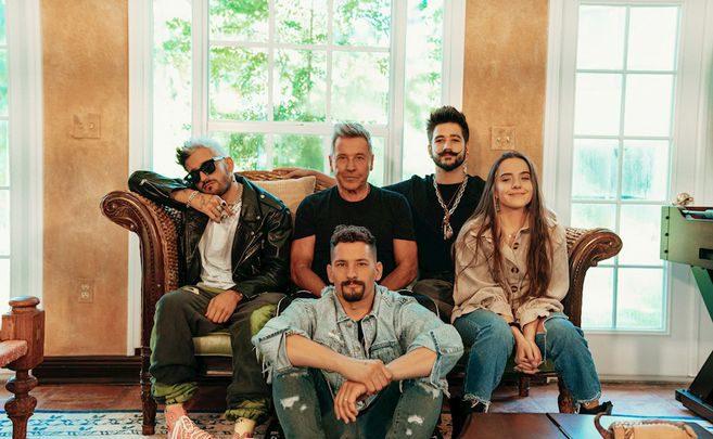 "La familia Montaner interpreta en acústico ""Amén"""
